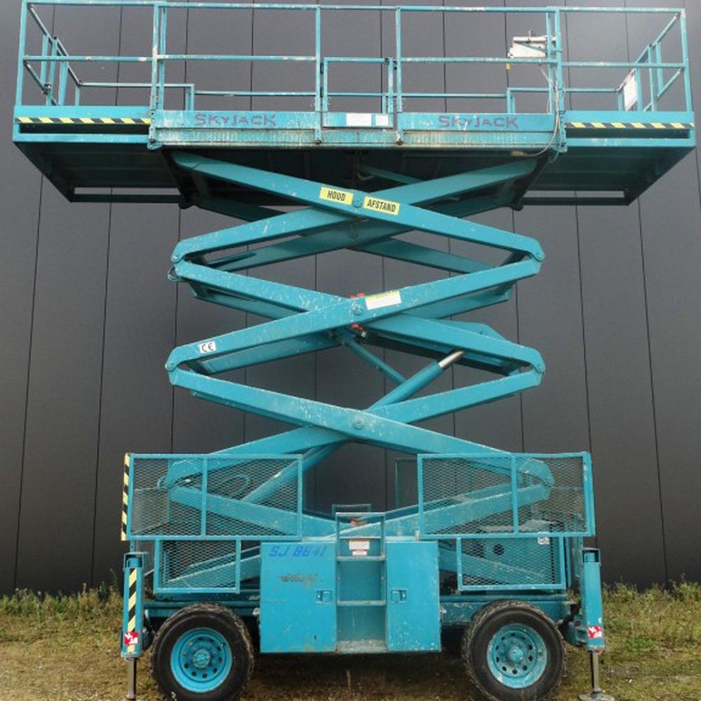 Skyjack 8841 - Kors Hoogwerksystemen