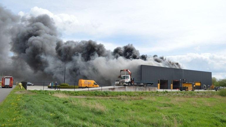 Grote brand in nieuw bedrijfspand